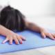 Bild: burst.shopify.com - photos - restorative yoga
